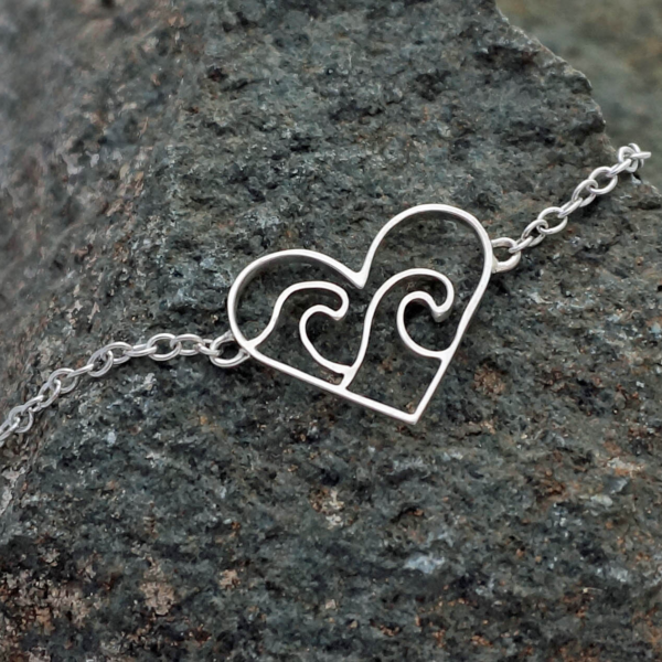 Ocean Wave Heart Bracelet Love the ocean bracelet, wave sea heart bracelet
