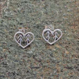 forest tree heart earrings Love the forest earrings