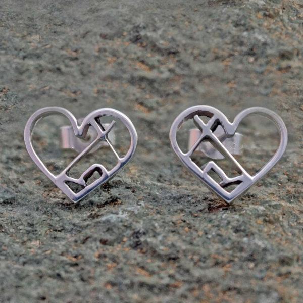 Love the outdoors Earrings, tipi tent, festival earrings