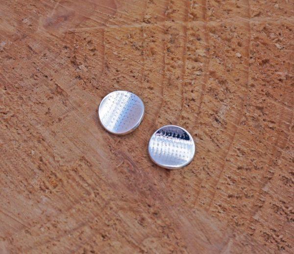 waffle texture circle stud earrings